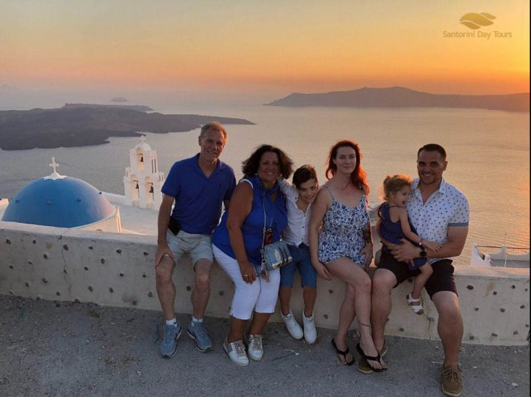 Santorini in a Day: 4-Hour Custom Private Tour
