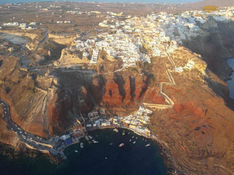30-Minute Santorini Helicopter Flight