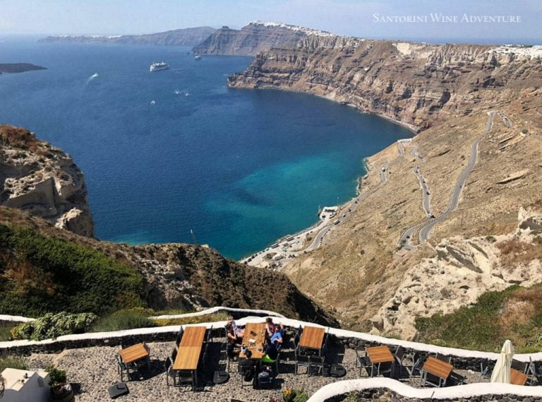 Private Tour: 5-Hour Private Santorini Wine Tour with Dinner